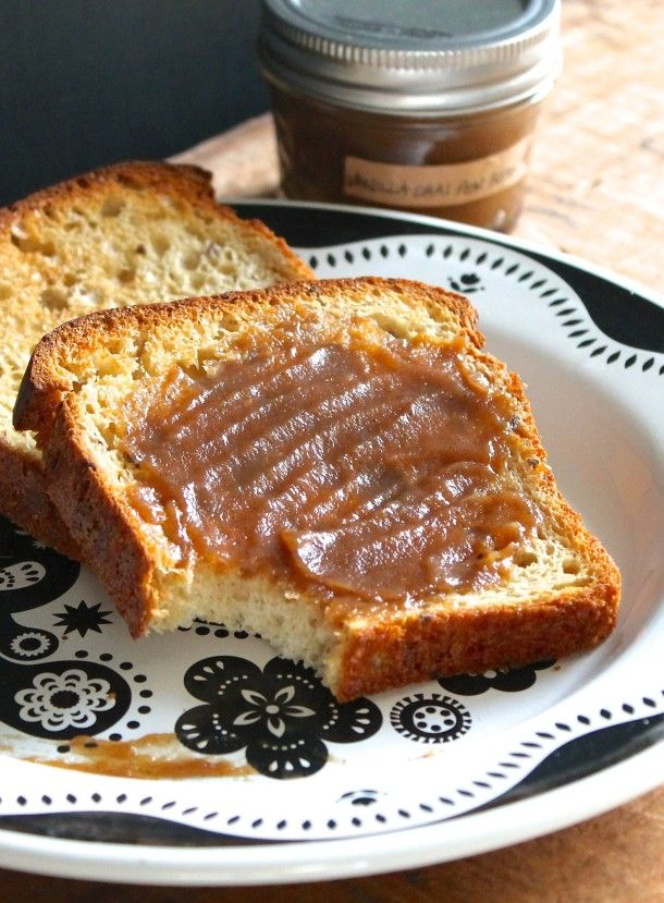 Vanilla Chai Pear Butter recipe | love the caramelized color and flavor. naturally sweetened with honey.