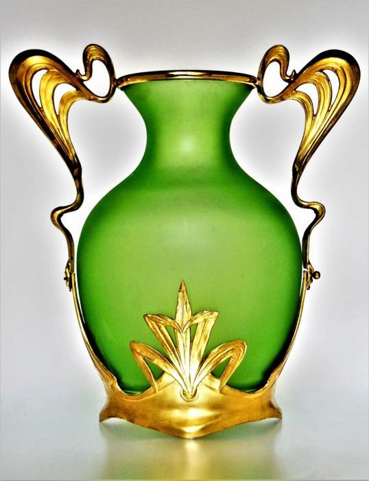 Catawiki online auction house: Loetz O. Poschinger - glass vase with a floral, gold-plated holder (Osiris / Orivit / WMF ?)