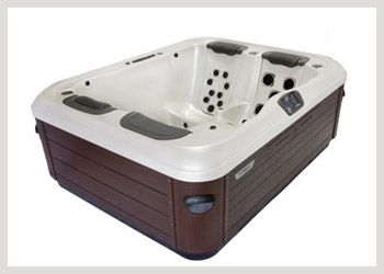 Bullfrog A5L  It's small enough for indoor, patio, and balcony installation, yet it is as comfortable and therapeutic as spas nearly twice its size. The A5L is a perfect hot tub for couples, empty nesters, singles, or the person that would like a personal therapy spa. The A5L features a comfortable premium lounge seat that includes massaging wrist, hamstring, and calf jets as well as your choice of 3 JetPaks for ultimate personalized relaxation. #Wheatlandfireplace #JacuzziRegina
