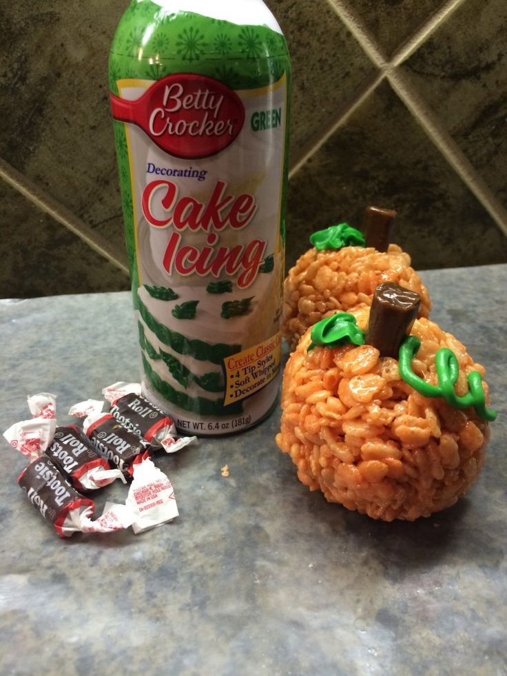rice krispies pumpkin treats halloween