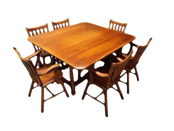 Roxton Maple Furniture Dining Room