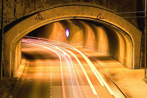 lights_going_to_tunnel