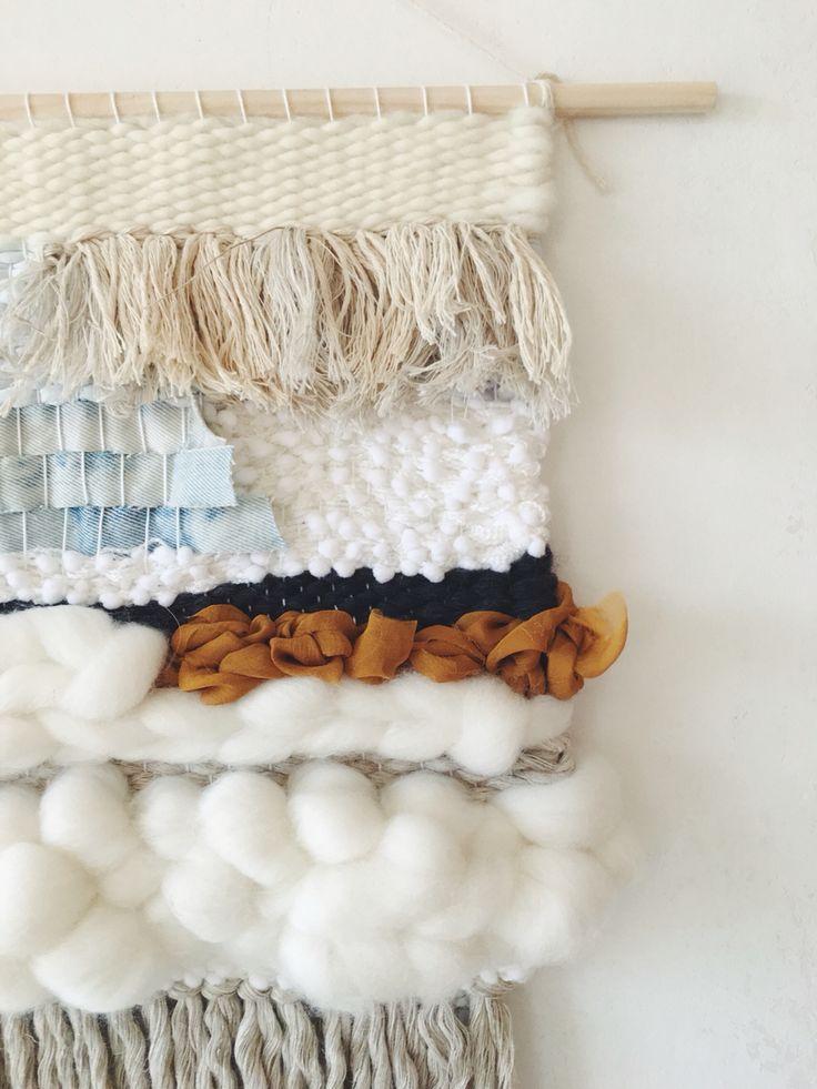 Un mélange de matières douillettes ! #dccv #ducotedechezvous #tapestry #carpet #crochet