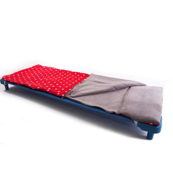 sac de couchage pour couchette toiles rouges with lit couchette empilable pas cher. Black Bedroom Furniture Sets. Home Design Ideas