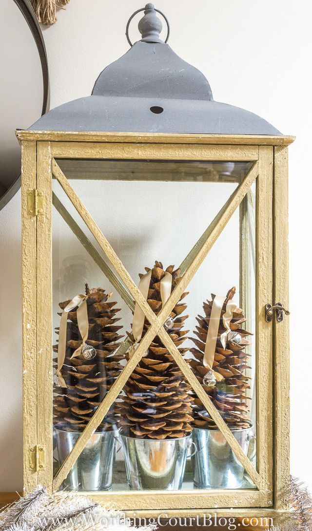 Christmas decorating doesn't have to be complicated. Here are step-by-step directions for putting together an easy to do rustic-luxe Christmas lantern.