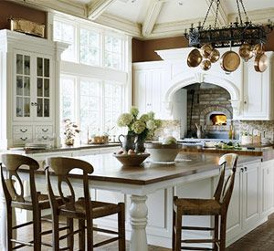 What id give fora kitchen like this!!!: Kitchens Design, Decoration Kitchens, Copper Pot, Kitchens Islands, Design Kitchens, White Cabinets, Pizza Ovens, Dream Kitchens, White Kitchens