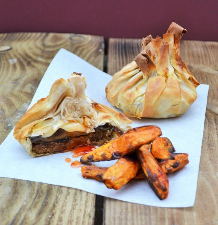 Quorn Meat Free Burger Filo Parcels with Mushrooms Mozzarella and Sweet Chilli Sauce