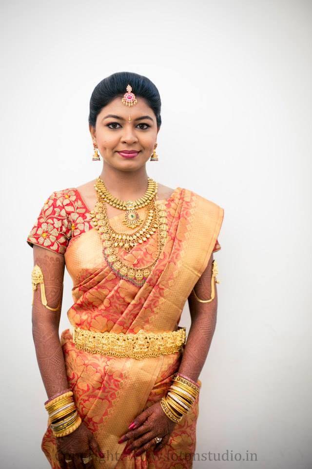 South Indian bride. Red Kanchipuram silk sari. Temple jewelry. Braid with fresh flowers. Tamil bride. Telugu bride. Kannada bride. Hindu bride. Malayalee bride.