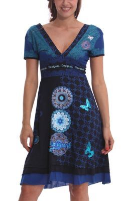 Desigual women's Flechazo dress. Our classic Berta dress, fitted at the waist and with a plunging neckline. Satin mandalas embroidered with lurex thread.