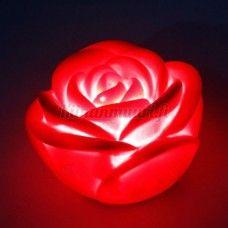 Punainen ruusu yövalo