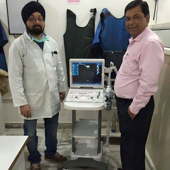 Dr. Bhupinder Singh with his Mindray Z-5 color doppler installed by BCF Technology India Pvt. Ltd. at his clinic.  #BCfTechnology #BCF #veterinaryimaging #veterinaryequipments #vet #veterinarian #animals #ultrasound #pet #dog #cat #pigs #sheep #puppies #like4like #likeforlike #likeforfollow