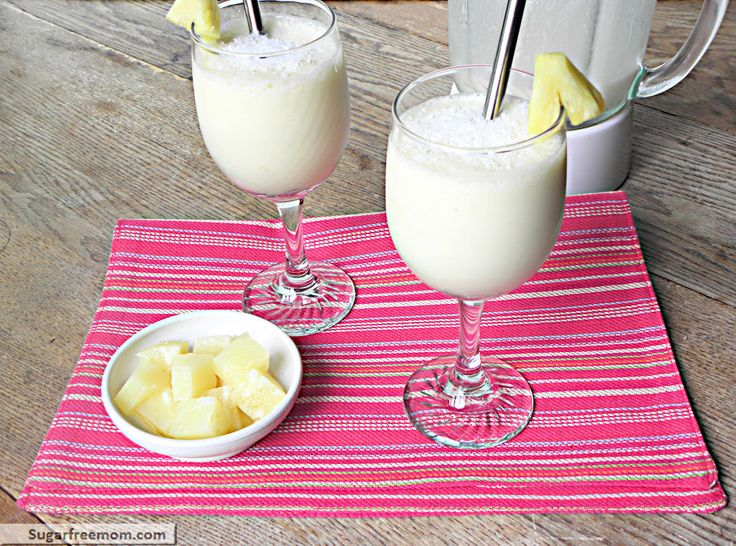 Low Fat Pina Colada Smoothie: No Sugar Added, 103 calories!