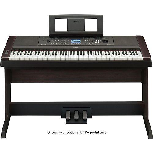 Yamaha DGX-650 88-Key Graded Hammer Action Digital Piano Black