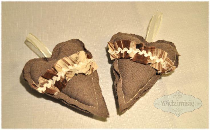 ręcznie szyte serca w brązie #handmade #serce #gift #love