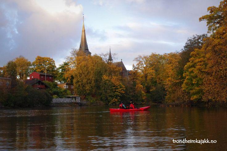 Autumn+kayak