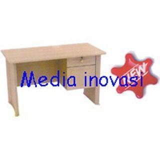 "Yang baru di Media Inovasi meja kerja yang nyaman untuk Anda. Meja 1/2 Biro TA 120 MT-CB meja kerja ini berbahan MDF finishing HPL memiliki warna Cerry brown Beech dilengkapi 1 laci gantung (1 lacikunci 1 pintu). Info : 081 805 812 994 / 024 8313 664 . Dan jangan lupa ikuti kuis ""Cuma Like Dapat Diskon"" ! #meja #kursi #lemari #computer #kantor #peralatankantor #mediainovasisemarang   via Instagram http://ift.tt/2fwM5Rc  instagram"