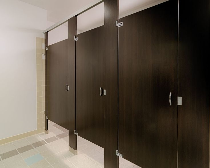 Ironwood Manufacturing wood pattern plastic laminate toilet partition