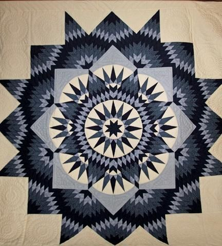 Mariner's Star quilt designed by Judy Martin for her book, Scrap Quilts, in 1985. Amish Quilt For Sale.jpeg Views: 872 Size:  48.8 KB