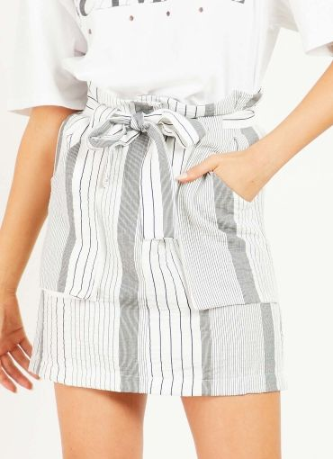 Exceed Skirt - Black-White Stripe