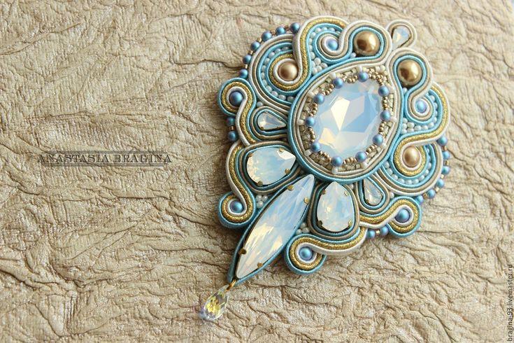 """Купить Сутажная брошь """"Переливы опала"""" - голубой, роскошная брошь, роскошное украшение, опал"""