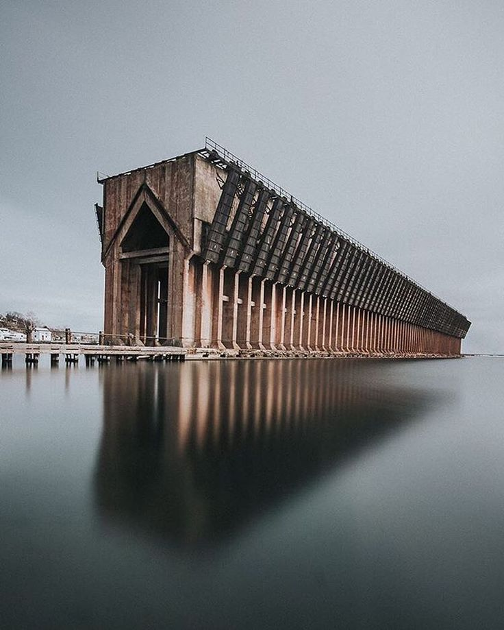 This is an old ore dock in Marquette that used to load ships with iron ore from the mines. : zcokes.