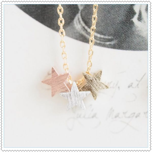 """Image of Collier """"Reach For The Stars"""""""
