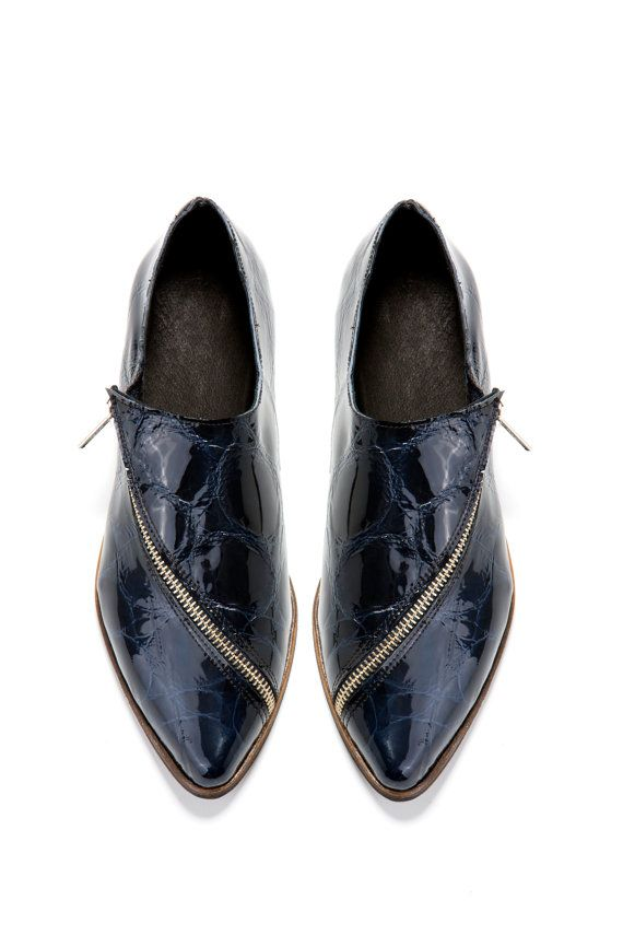 Oh. Hello. More handmade shoes. Love!!  Blue Flat shoes  Midnight blue oxford shoes  by ImeldaShoes