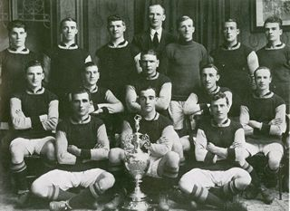 File:Burnley F.C. 1920-21.