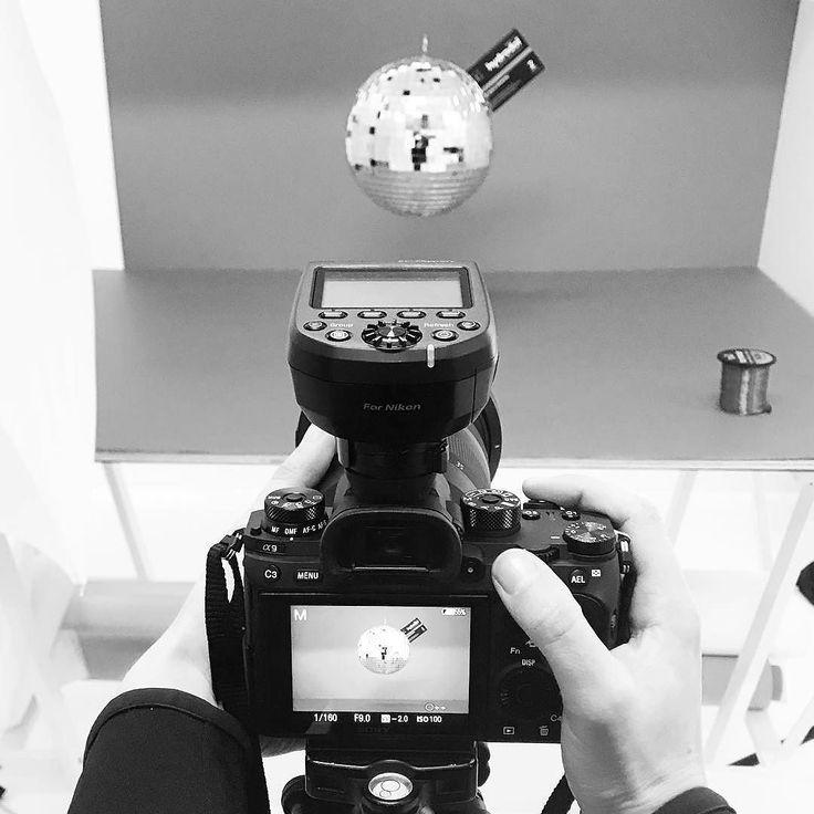 Shiny disco balls... . . #hustle #hustleworkshop #creative #creativeagency #creativedirector #creativeagencymelbourne #contentagency #contentcreator #contentcreation #melbournecreativeagency #melbournecontentcreation #videoagency #videography #videoproduction #socialmediaagencymelbourne