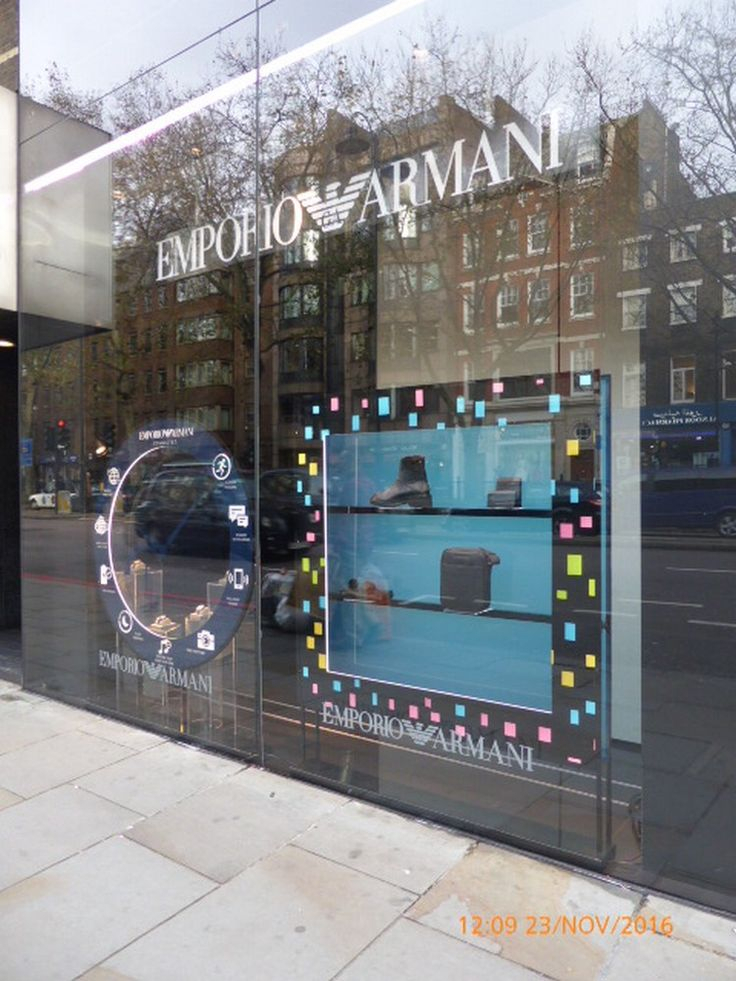 Armani Christmas Window, Knightsbridge #Luxury #Leather #LeatherCollection #Briefcases #Stylish #Business #LoveLondon #LoveSageBrown #Christmas2016 #Gifts #Mayfair #london #Piccadilly #RoyalExchange #wallets #sagebrown