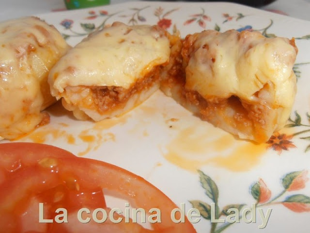 Patatas Rellenas a la Boloñesa (Microondas)