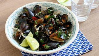Thaise mosselen uit de wok - recept | 24Kitchen