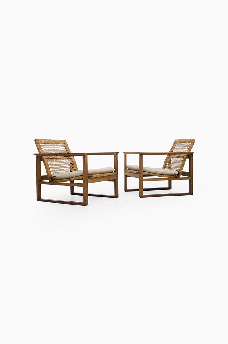 Børge Mogensen 2256 sled easy chair at Studio Schalling #mogensen #midcentury #midcenturymodern