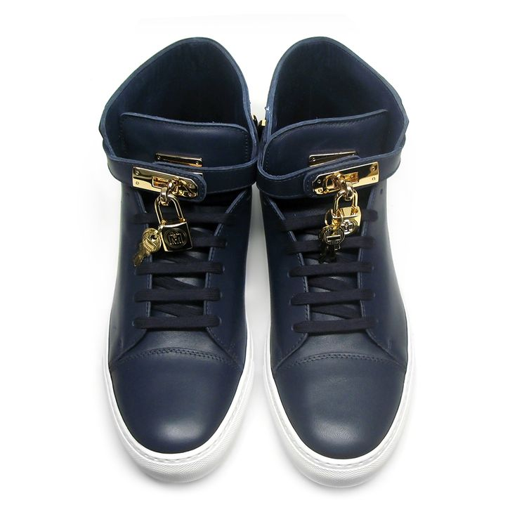 Michalsky Urban Nomad Monaco high top sneakers featuring an exclusive logo lock and two keys, classy design and golden details. High quality calf nappa leather. Michalsky embossment on key lock buckle and MM logo embossment on key lock. Leather insole and lining.Size: 44.Handmade in Italy.