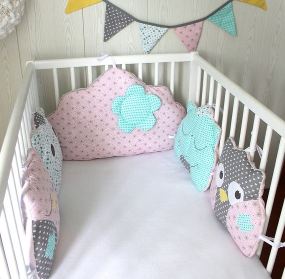 best 25 tour de lit ideas on pinterest cloud pillow felt mobile and baby bibs. Black Bedroom Furniture Sets. Home Design Ideas