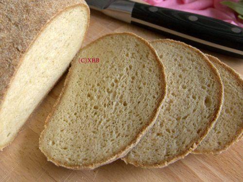 Gierst brood lekker glutenvrij, recept, bakken, lactosevrij, coeliakie, gezond, smakelijk, lijkt op gewoon brood, luchtig, zacht, veerkrachtig, vervanger.
