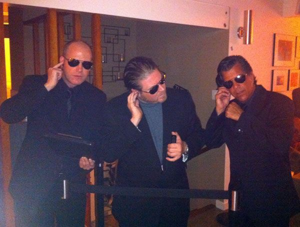 All it takes to be bouncers are black suits, sunglasses, and a rope running between you. | 31 Insanely Clever Last-Minute Halloween Costumes