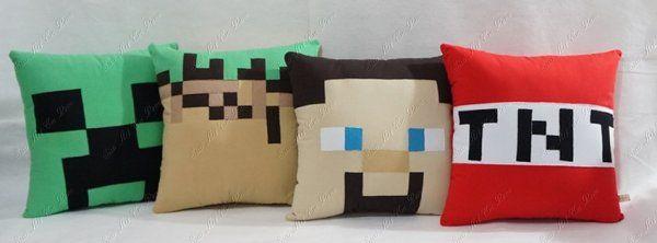 Sissi Art em Pano - Almofada Minecraft Steve