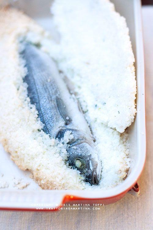 Branzino in crosta di sale - Trattoria da Martina - cucina tradizionale, regionale ed etnica