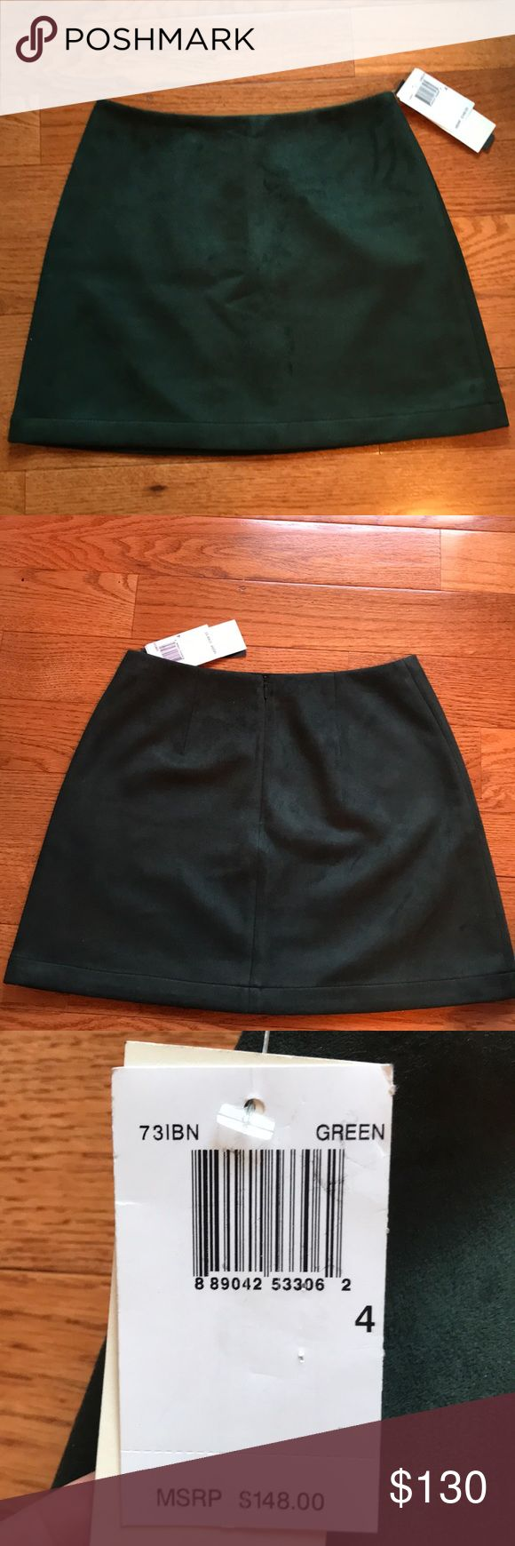 NWT‼️‼️Size 4 Green skirt French connection NWT‼️Size 4 emerald green French connection skirt from Bloomingdales French Connection Skirts Mini
