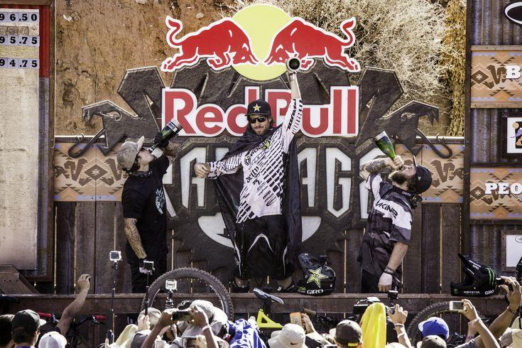 Più grande e più cattiva che mai, la finale del Red Bull Rampageancora una volta ha portato ancora più progressione nel paesaggio unico nel suo genere adatto al freeride nello Utah meridionale. &#…