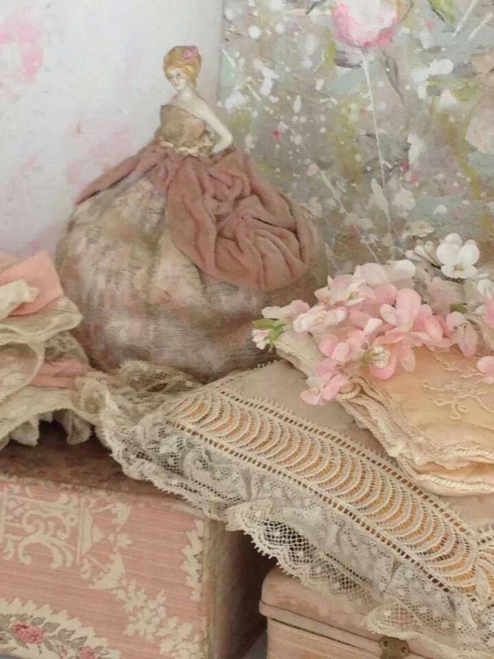 343 best french antique fabric tissu ancien boutis for Tissu shabby chic