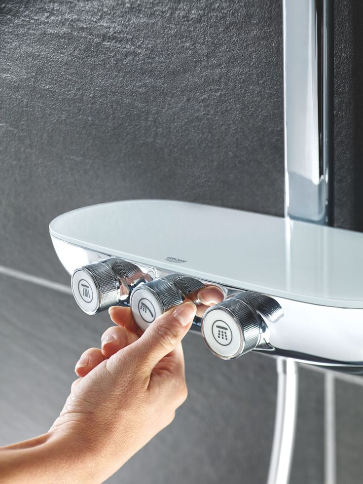 Inspired by automative controls, the design of GROHE's new SmartControl for Rainshowers is an instinctive, tactile way to control your shower with a single touch. #Rainshower #SmartControl #bathroom http://www.grohe.co.uk/en_gb/bathroom-collection/showers-rainshower-systems.html
