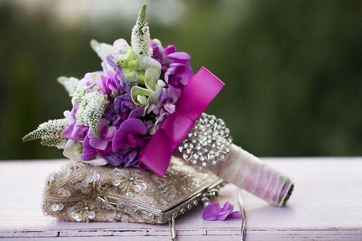 Photography of flowers, flower decorations, bouquets, wedding bouquets, wedding, diamonds, bride, sweet pea, pink,handbag