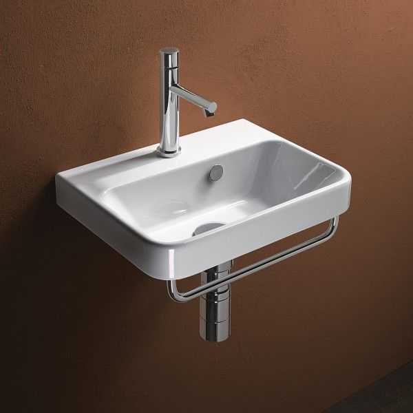 Projections 42 Washbasin, a new style and direction in washbasins, by leading Italian manufacturer Catalano.The overall shape expresses lightness whilst its ample basin serves as a practical and functional solution.