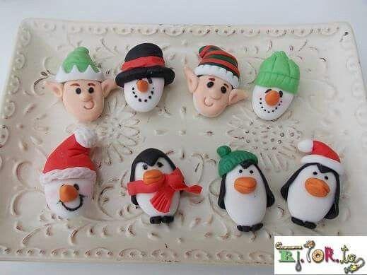 Confetti decorati , segnaposto per la tavola di Natale. ....
