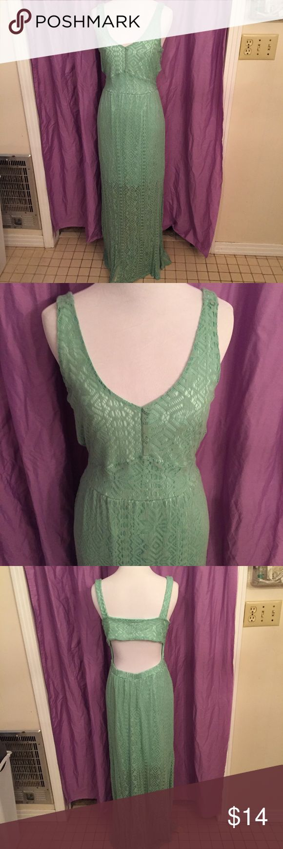 Ocean Drive Mint Green lace backless maxi dress Mint Green Lace Maxi Dress with cut out back Ocean Drive. Size large in juniors. In good condition. Make an offer or a bundle! Ocean Drive Dresses Maxi