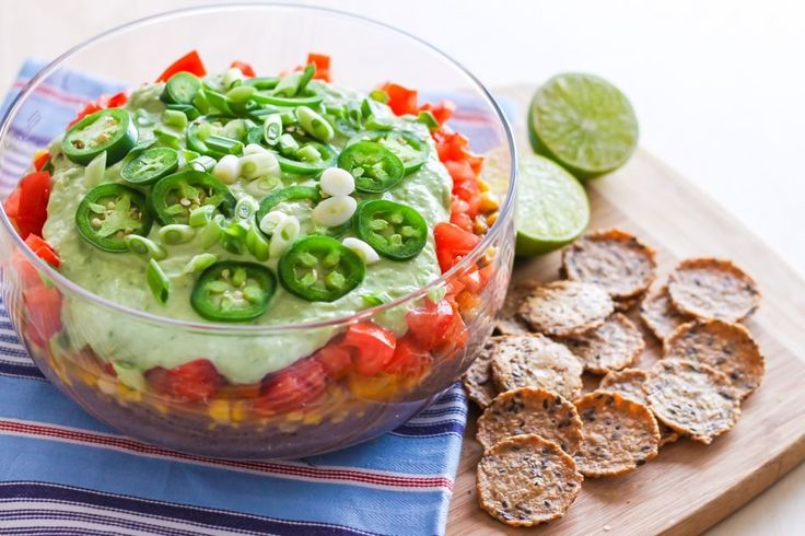 Trying to eat healthy at a party, but your friends aren't on the same plate? Surprise them at how easy it is at your next potluck by bringing over Eat Spin Run Repeat's easy 7-layer taco dip. With no heat required, flavorful fresh ingredients are brought to life with lime, garlic and spices in only …