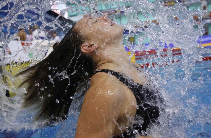 Katinka Hosszu de Hungría antes de una competición en el Campeonato Europeo de Natación 2012 en Debrecen el 27 de mayo de 2012. | Créditos: REUTERS / Laszlo Balogh