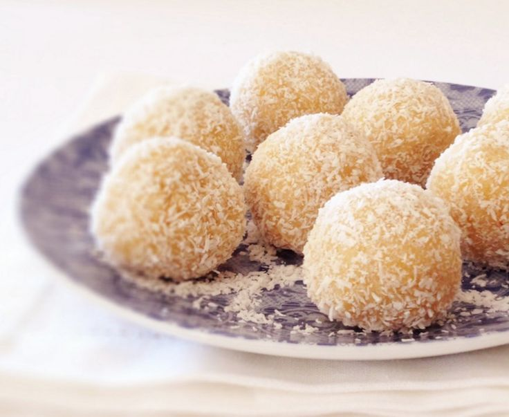 Lemon Bliss Balls (Recipe)